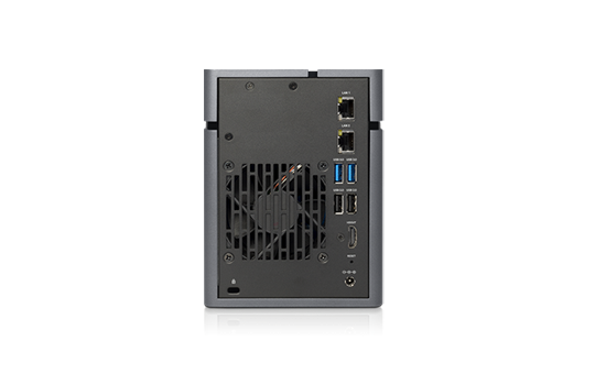 Qsan XN3002T - porty